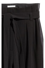 Tuxedo trousers with a belt - Black - Ladies | H&M 3