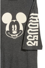 Printed T-shirt dress - Dark grey/Mickey Mouse -  | H&M CN 2