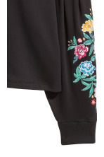 Embroidered sweatshirt - Black/Flowers - Ladies | H&M CN 2