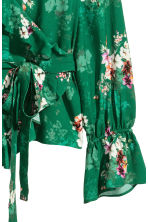 Frilled wrapover blouse - Green/Floral - Ladies | H&M 3