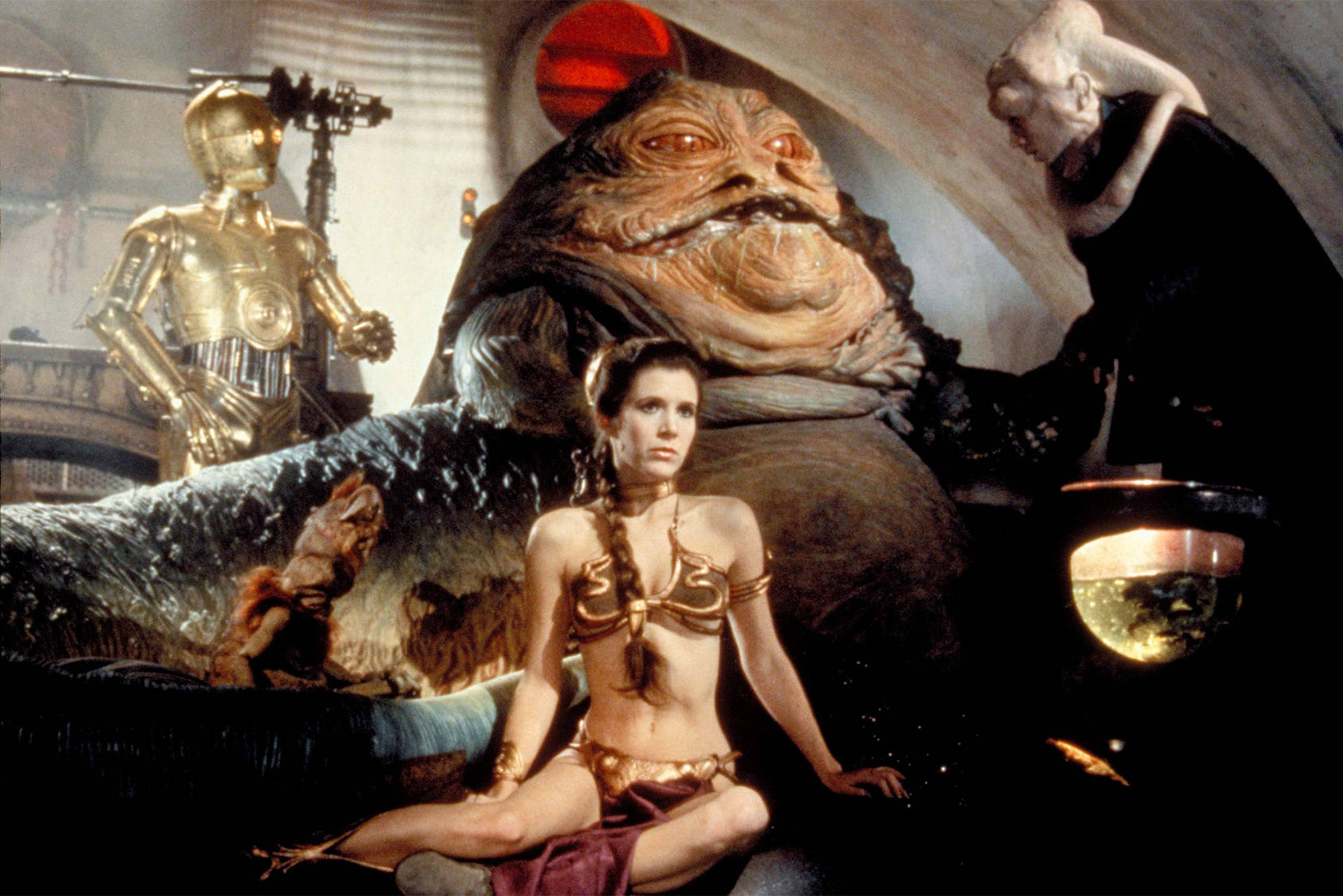 Princess Leia in her copper bikini från Return of the Jedi, All Over Press.