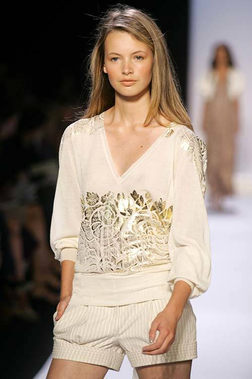 Mona Johannesson at BCBG Max Azria S/S 2005, Getty Images.