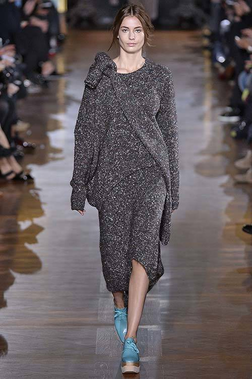 Nadja Bender on the runway for Stella McCartney A/W 2014, Getty Images.