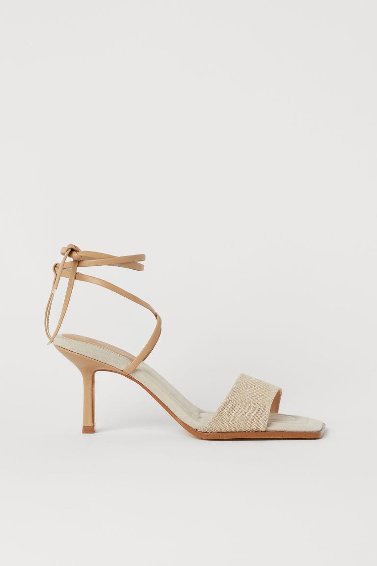 H & M - 綁帶涼鞋 - 米黃色