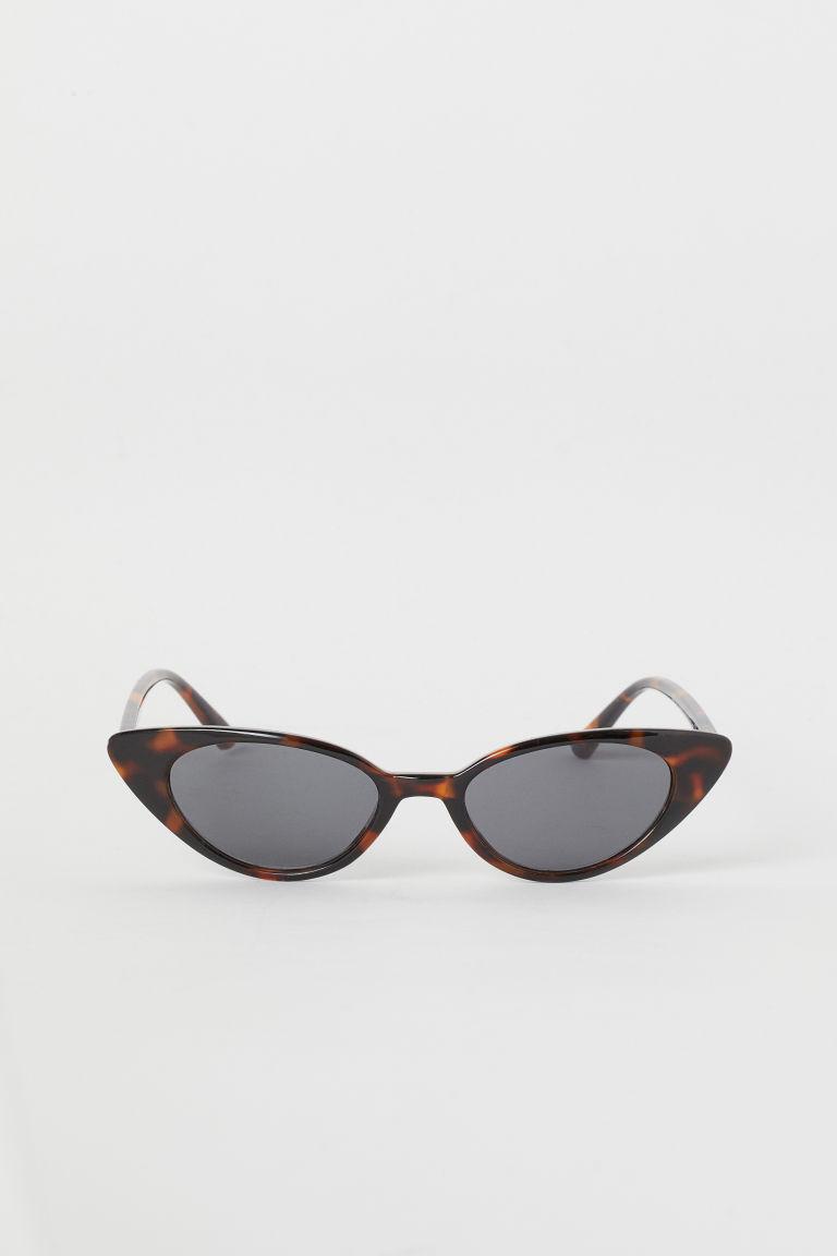 lunettes de soleil marron motif caille de tortue. Black Bedroom Furniture Sets. Home Design Ideas