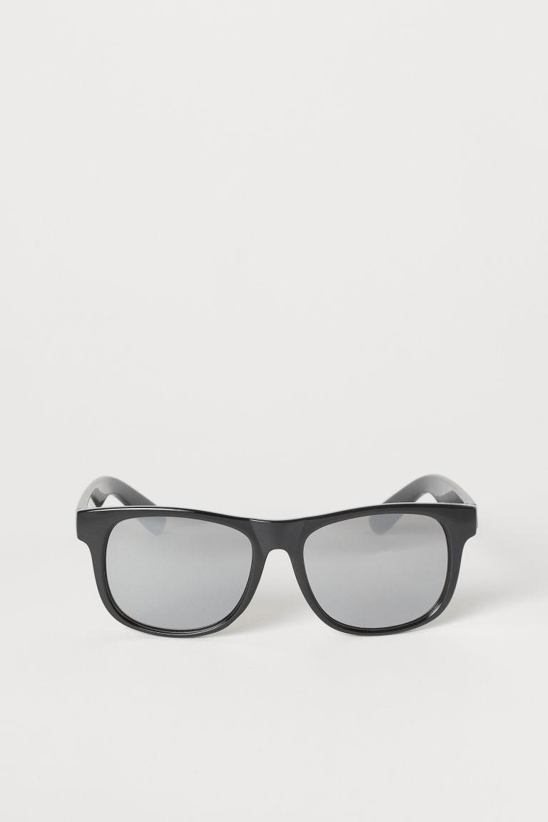 sonnenbrille schwarz kids h m de. Black Bedroom Furniture Sets. Home Design Ideas