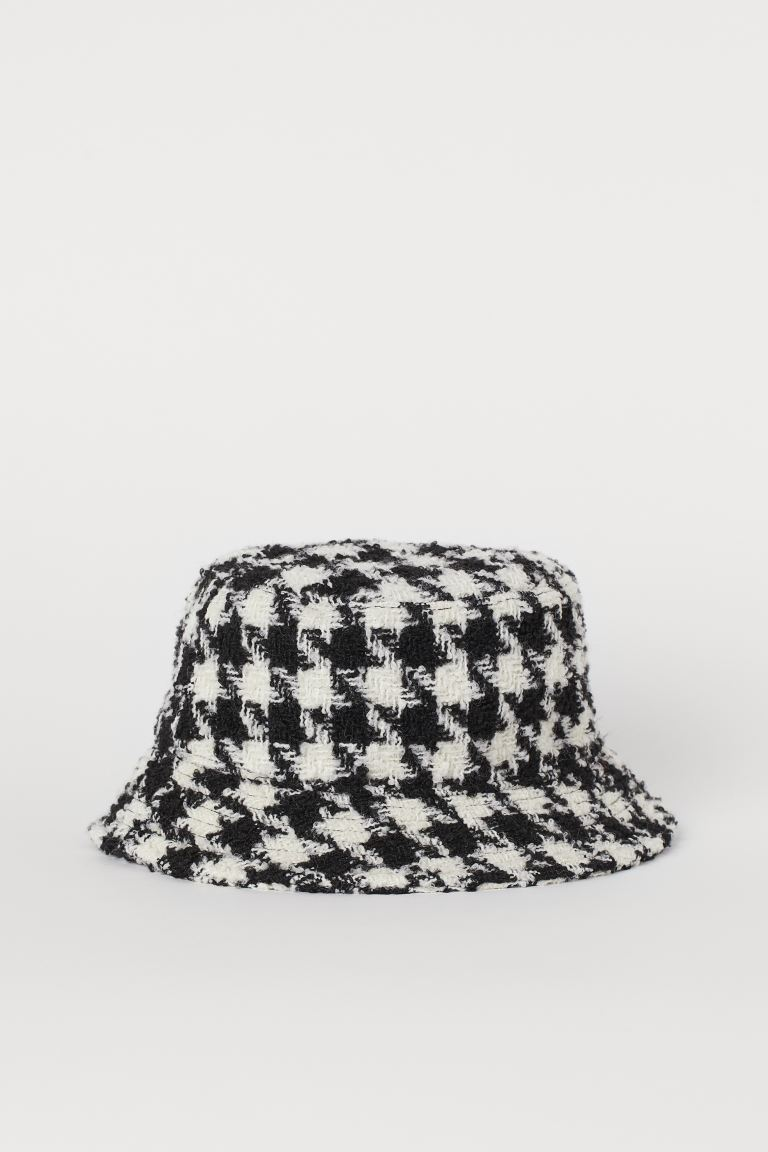 Bucket hat - Black/Dogtooth-patterned - Ladies | H&M GB