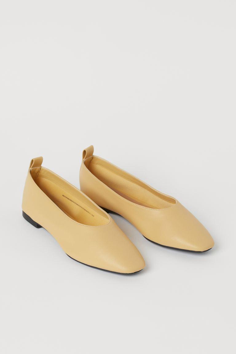 Ballet pumps - Light yellow - Ladies | H&M GB