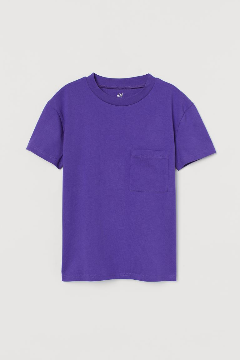 Chest-pocket T-shirt