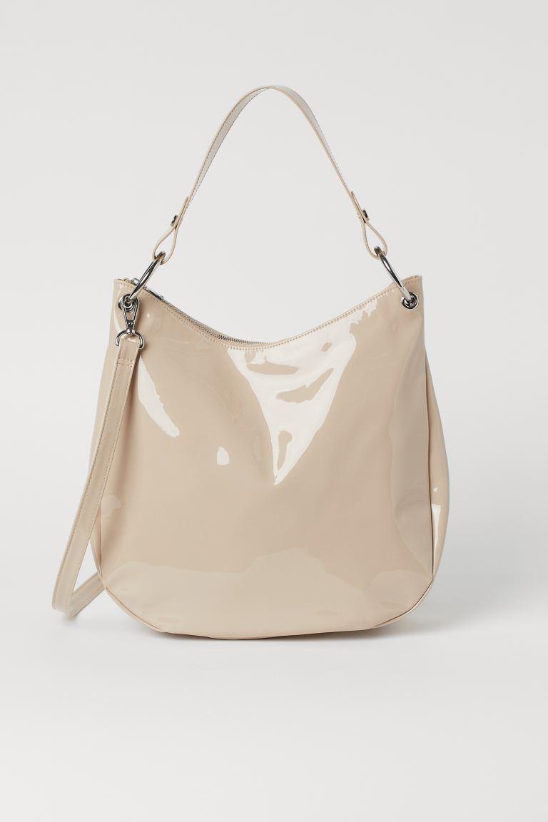 Bucket Bag in Lack