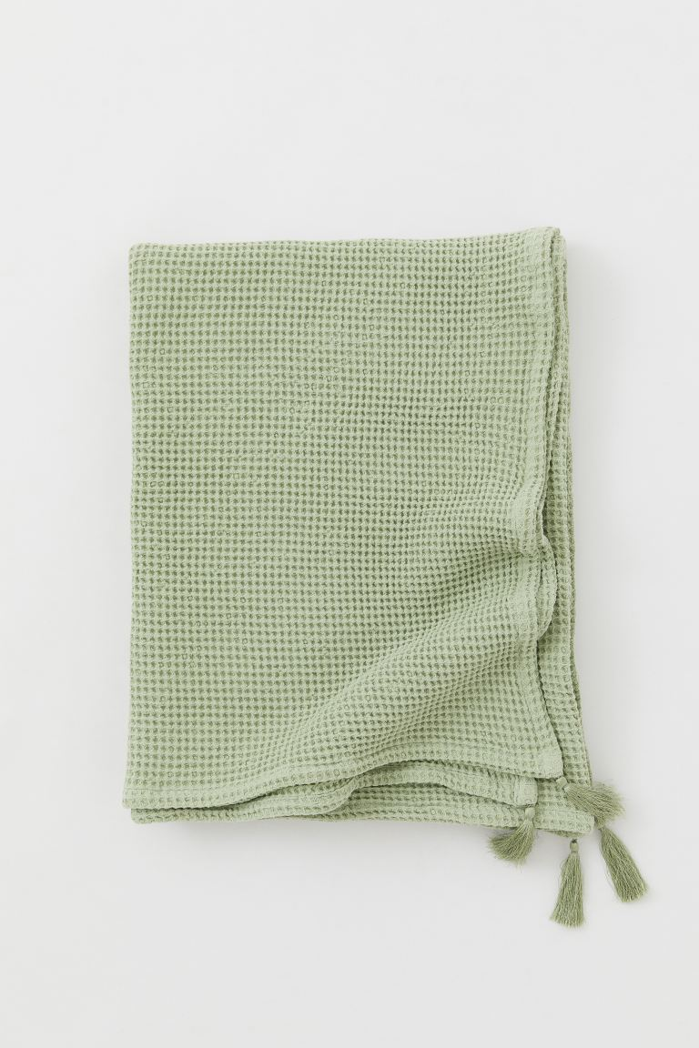 Waffled Tasseled Throw - Light green - Home All | H&M CA