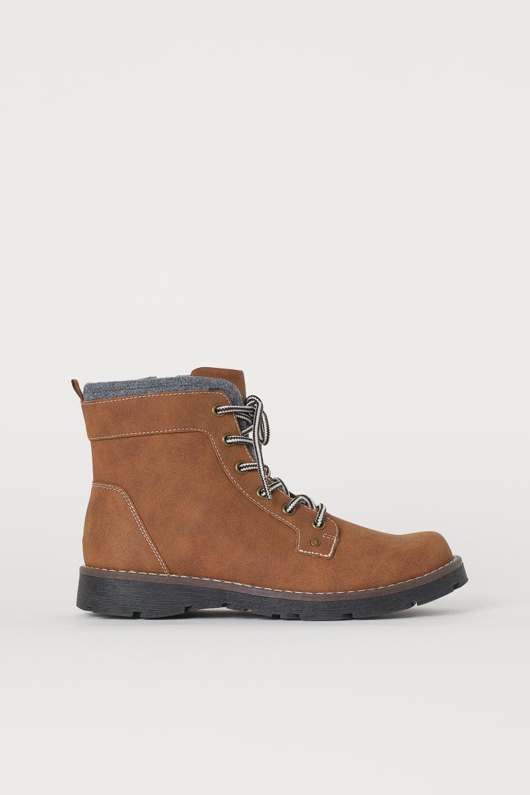 Zip-up boots