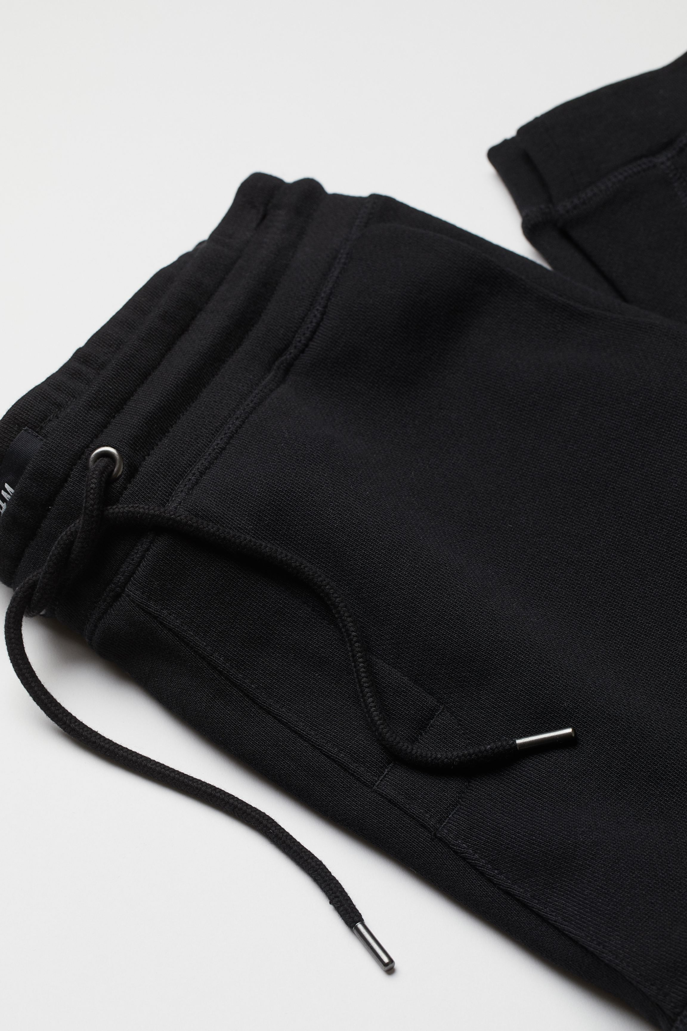 Tapered Fit Sweatpants