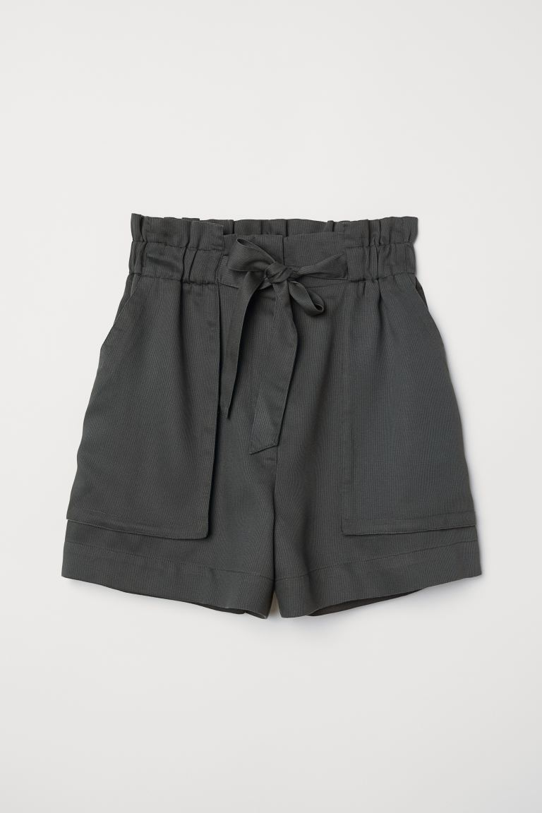 Short shorts - Dark khaki green - Ladies | H&M GB