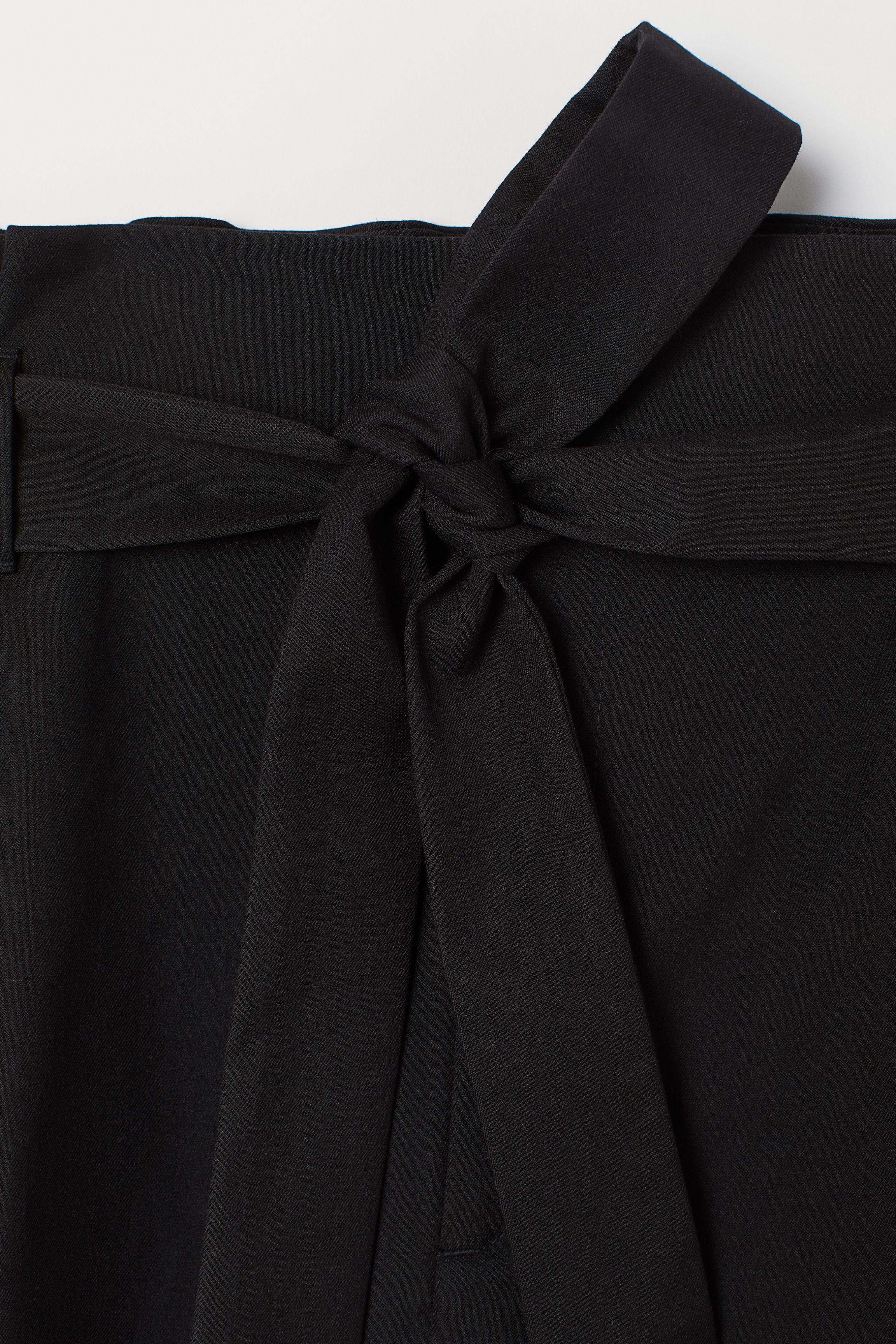 H&M+ Paper-bag Pants
