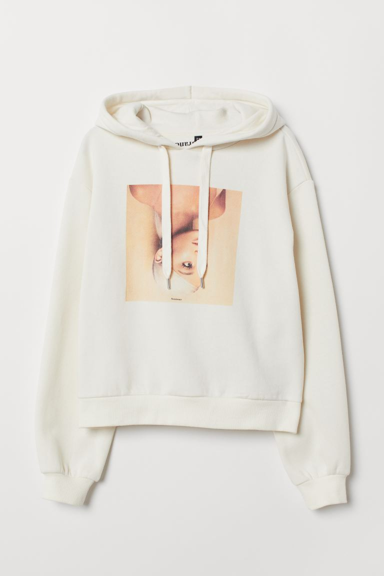 Short Printed Hoodie - Cream/Ariana Grande - Ladies | H&M US