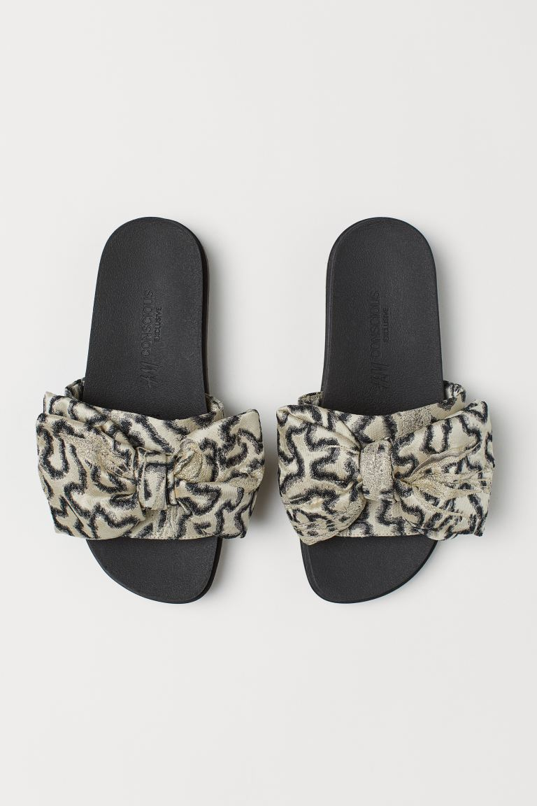 Slippers - Light beige/Patterned - Ladies | H&M GB