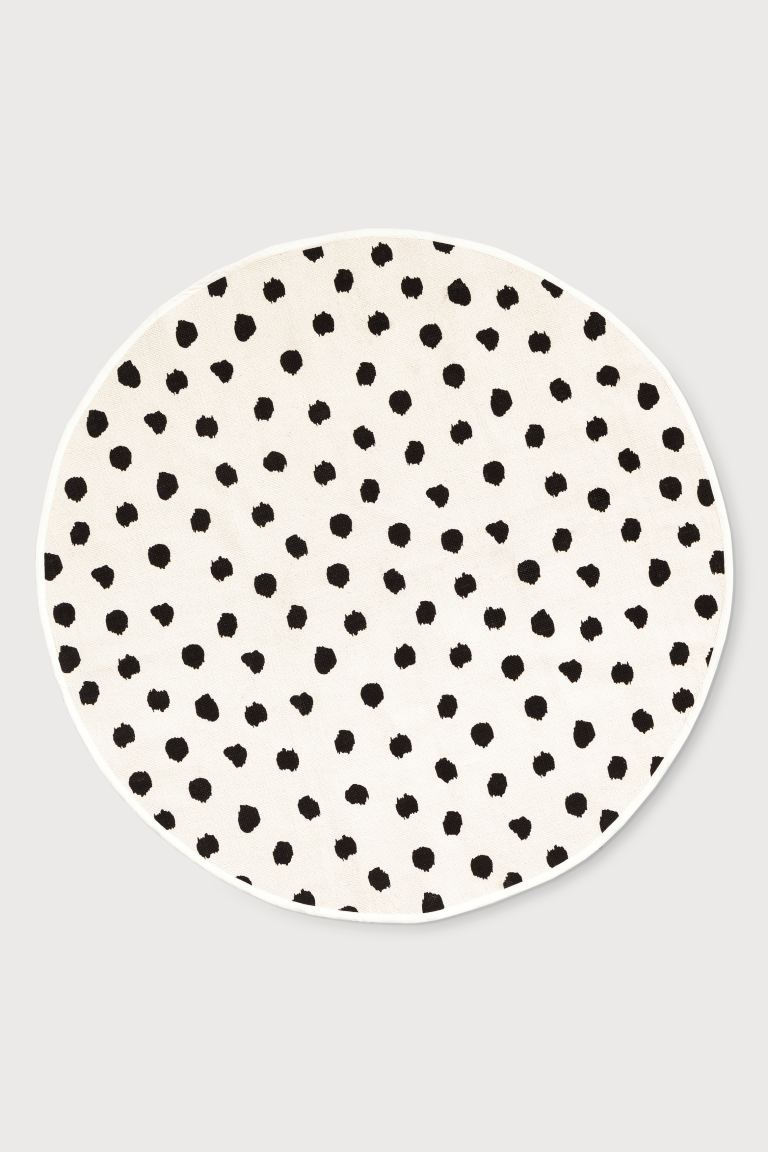 Round Cotton Rug White Spotted Home