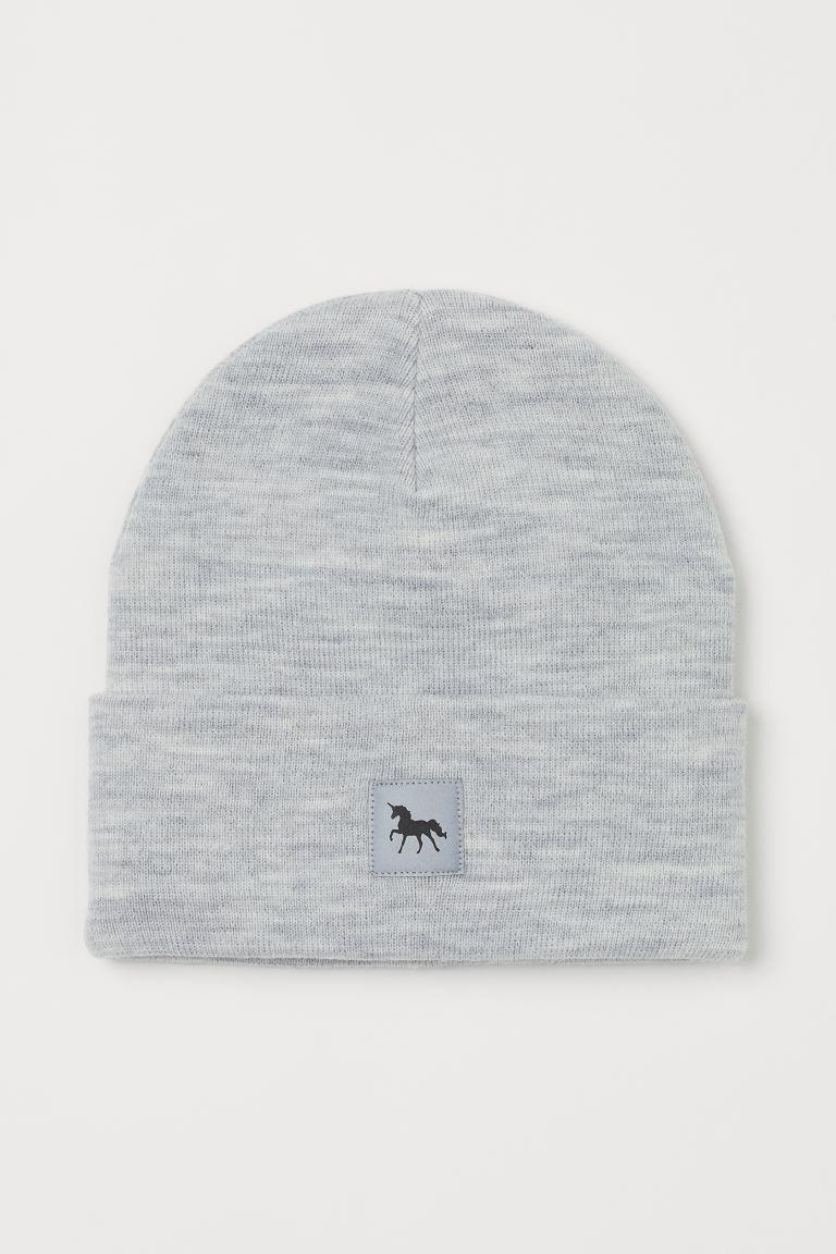 Fine-knit hat