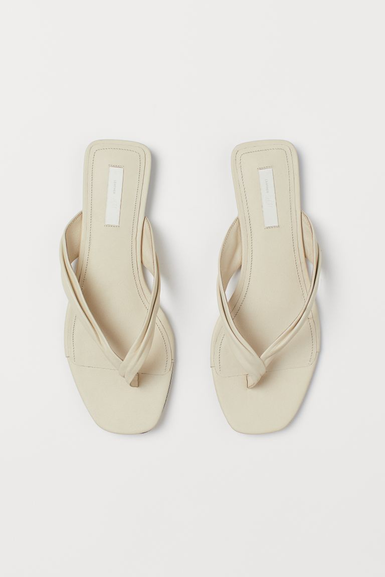 Sandali slip-on in pelle - Beige chiaro - DONNA | H&M IT