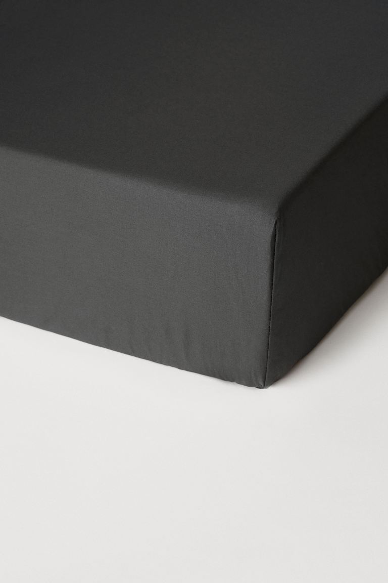 Fitted cotton satin sheet - Dark grey - Home All | H&M IE