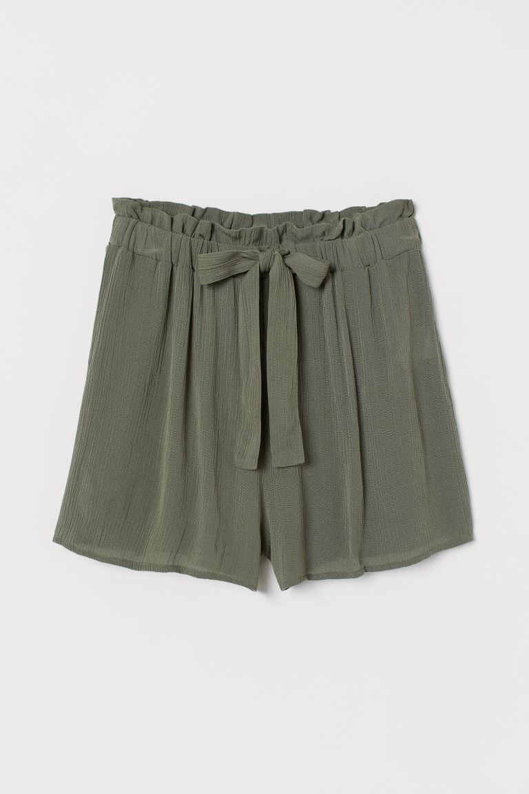 Shorts with ties - Khaki green - Ladies | H&M IE