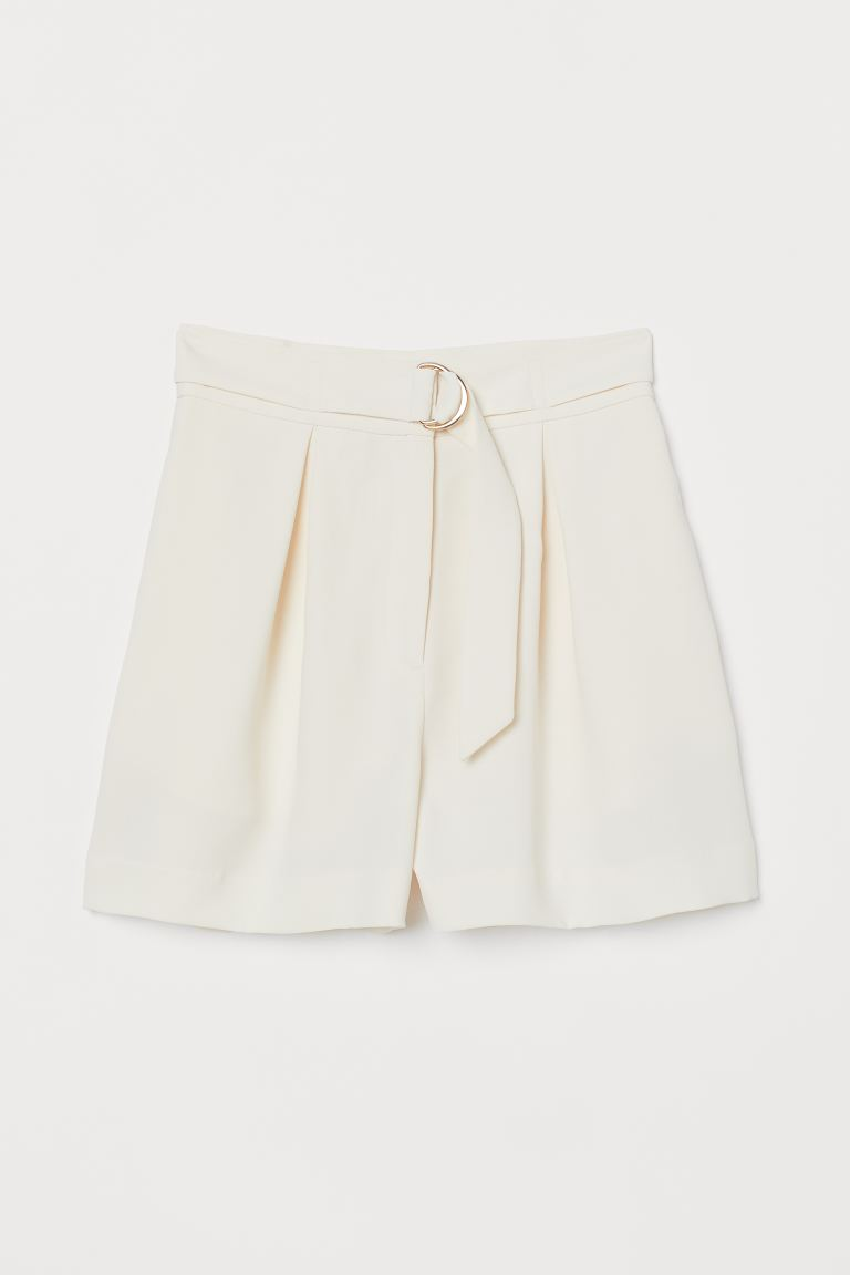 Shorts with a belt - Cream - Ladies | H&M IE