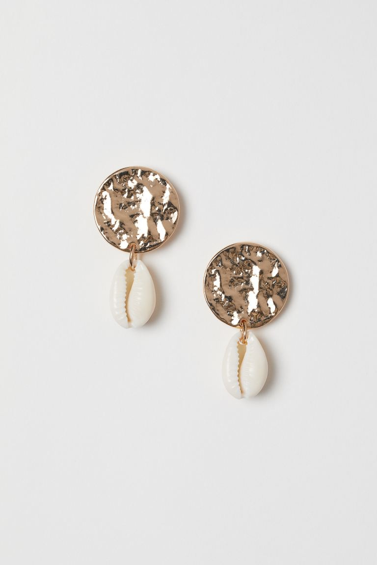 Earrings with a shell pendant - Gold-coloured - Ladies | H&M GB