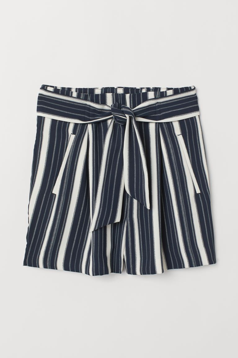Fitted Shorts - Dark blue/striped - Ladies | H&M US