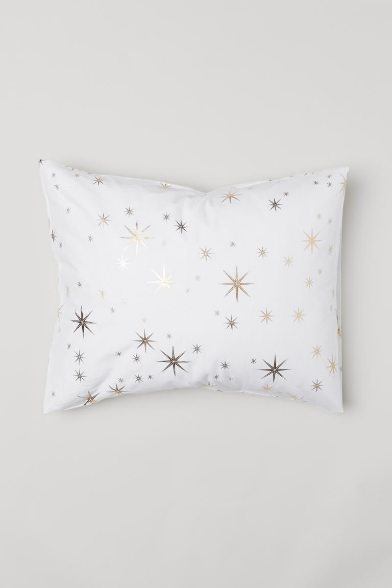 Patterned pillowcase - White/Stars - Home All | H&M GB