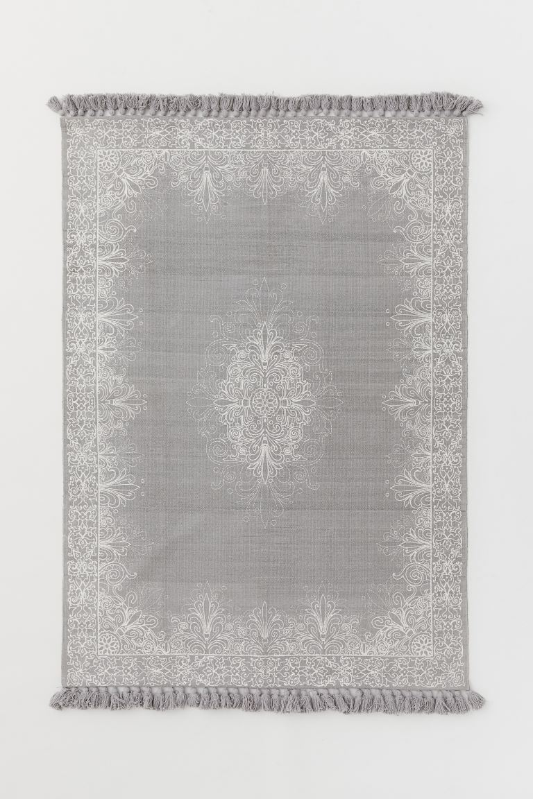 Tasseled Cotton Rug - Light gray/white patterned - Home All | H&M US