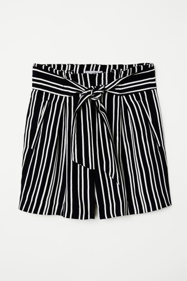 Fitted Shorts - Black/striped - Ladies | H&M US