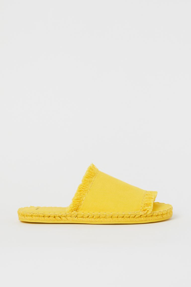 Fringed slippers - Yellow - Home All | H&M GB