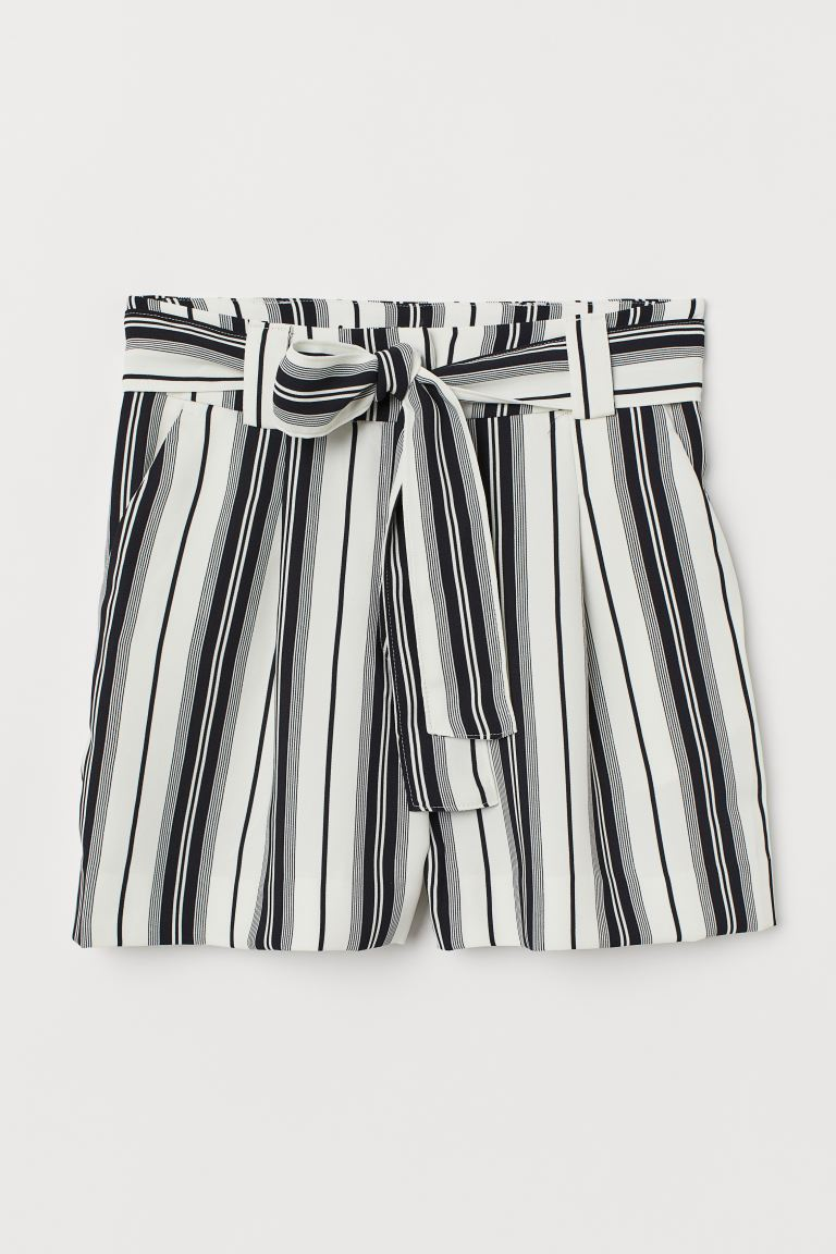 Shorts with a tie belt - Natural white/Striped - Ladies | H&M