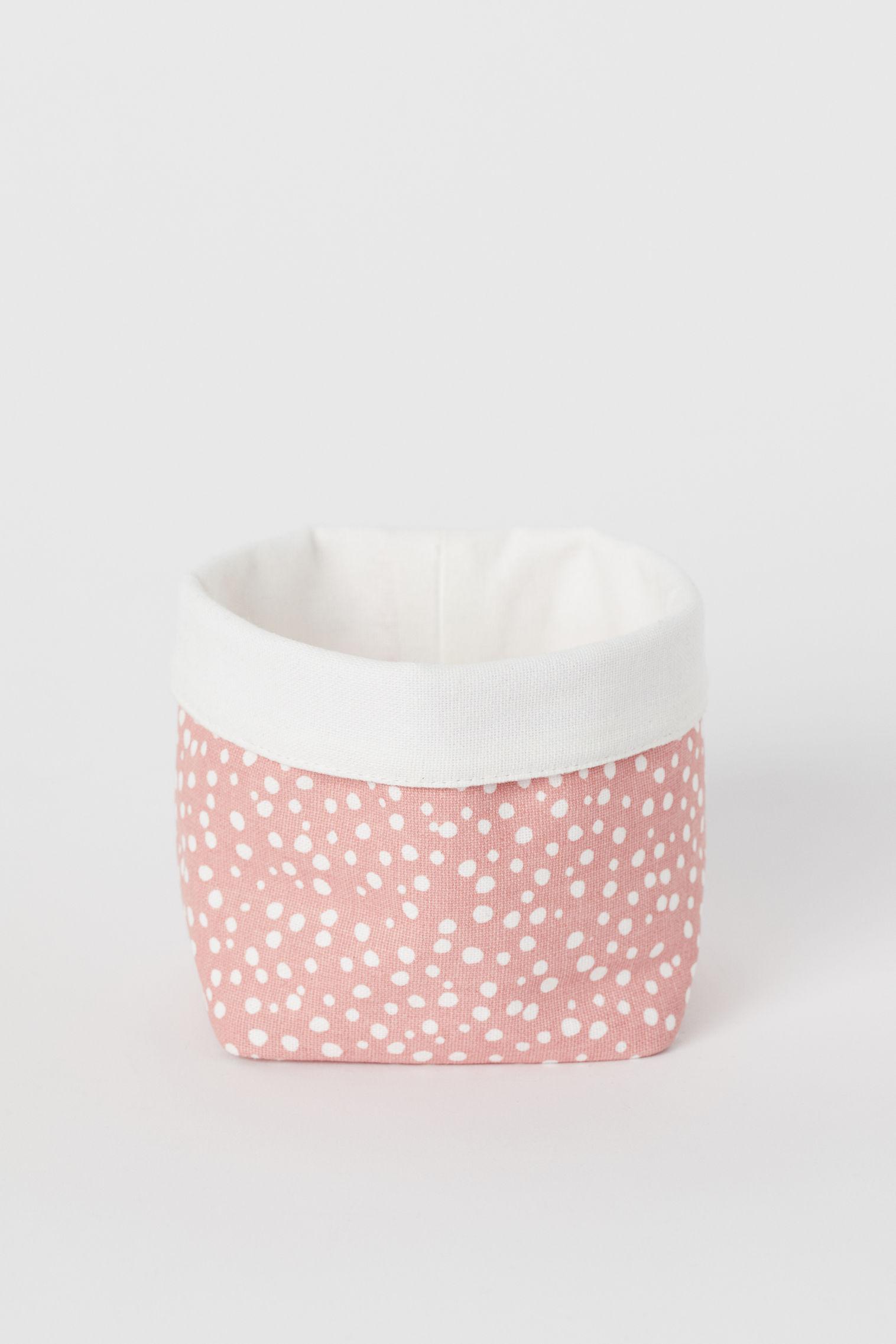 4d51158e5 Small canvas storage basket