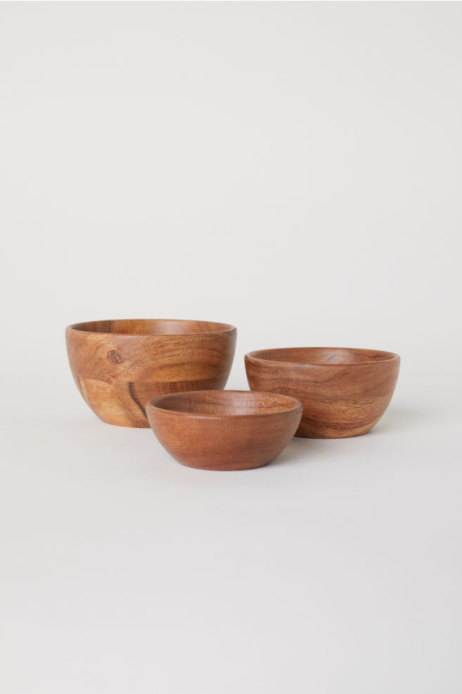 3 wooden bowls