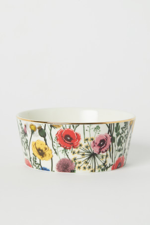 Porcelain Bowl with Motif