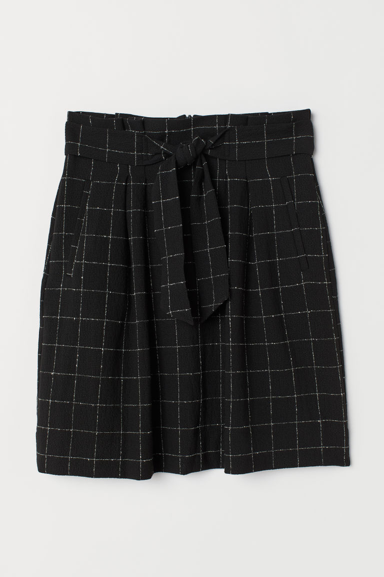 Skirt with a tie belt - Black/White checked - Ladies | H&M