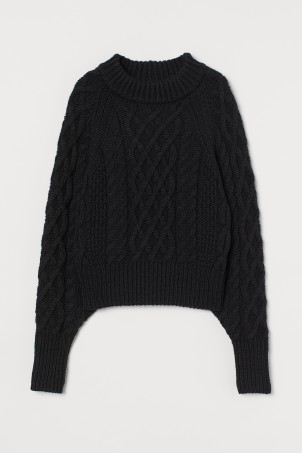 Cable-knit SweaterModel