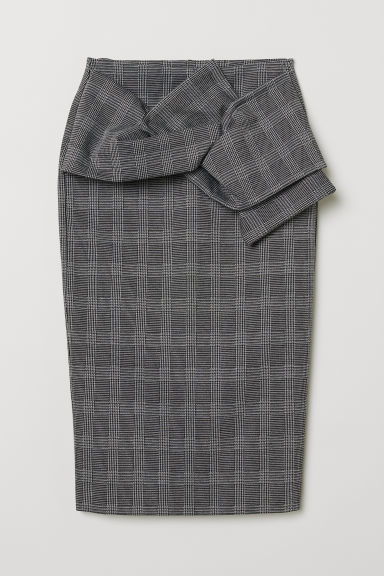 Pencil skirt with knot detail - Dark grey/Checked - Ladies | H&M