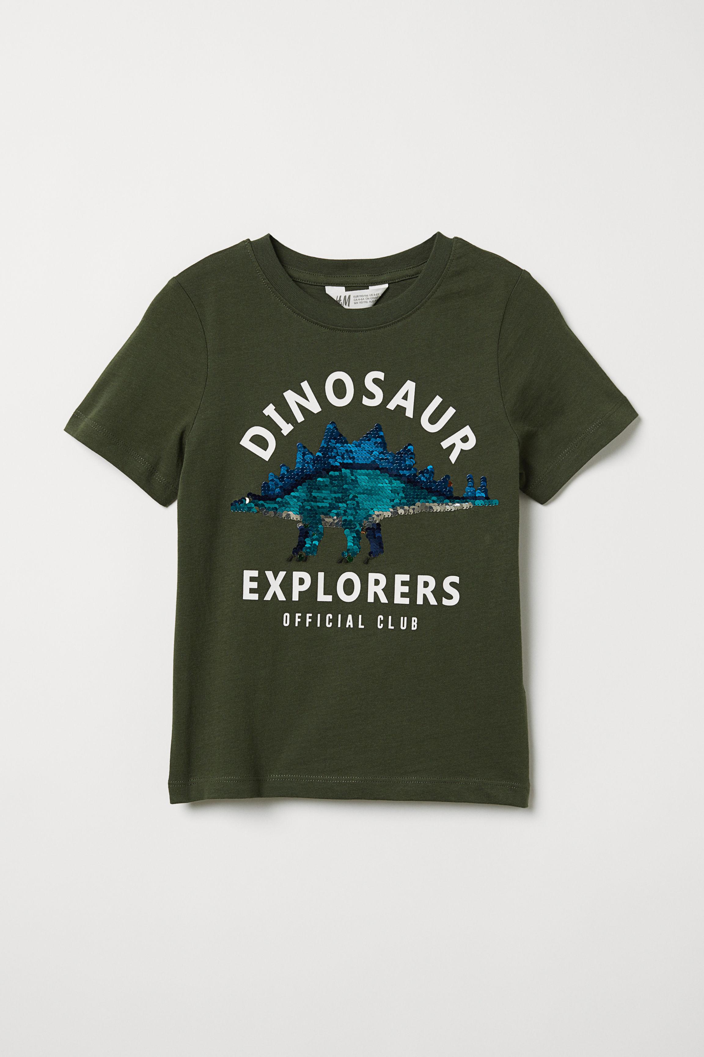 8825fae32 T-shirt with Motif - Dark green/reversible sequins - Kids   H&M US