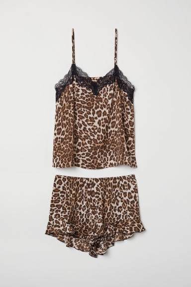 Pyjama top and shorts - Beige/Leopard print - Ladies | H&M