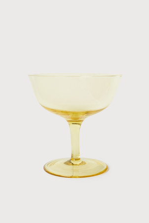 Shallow champagne coupe