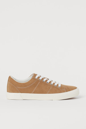 Imitation suede trainersModell