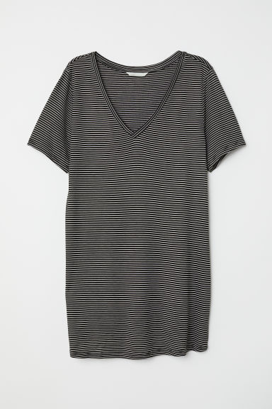 MAMA Viscose T-shirt - Black/White striped - Ladies | H&M