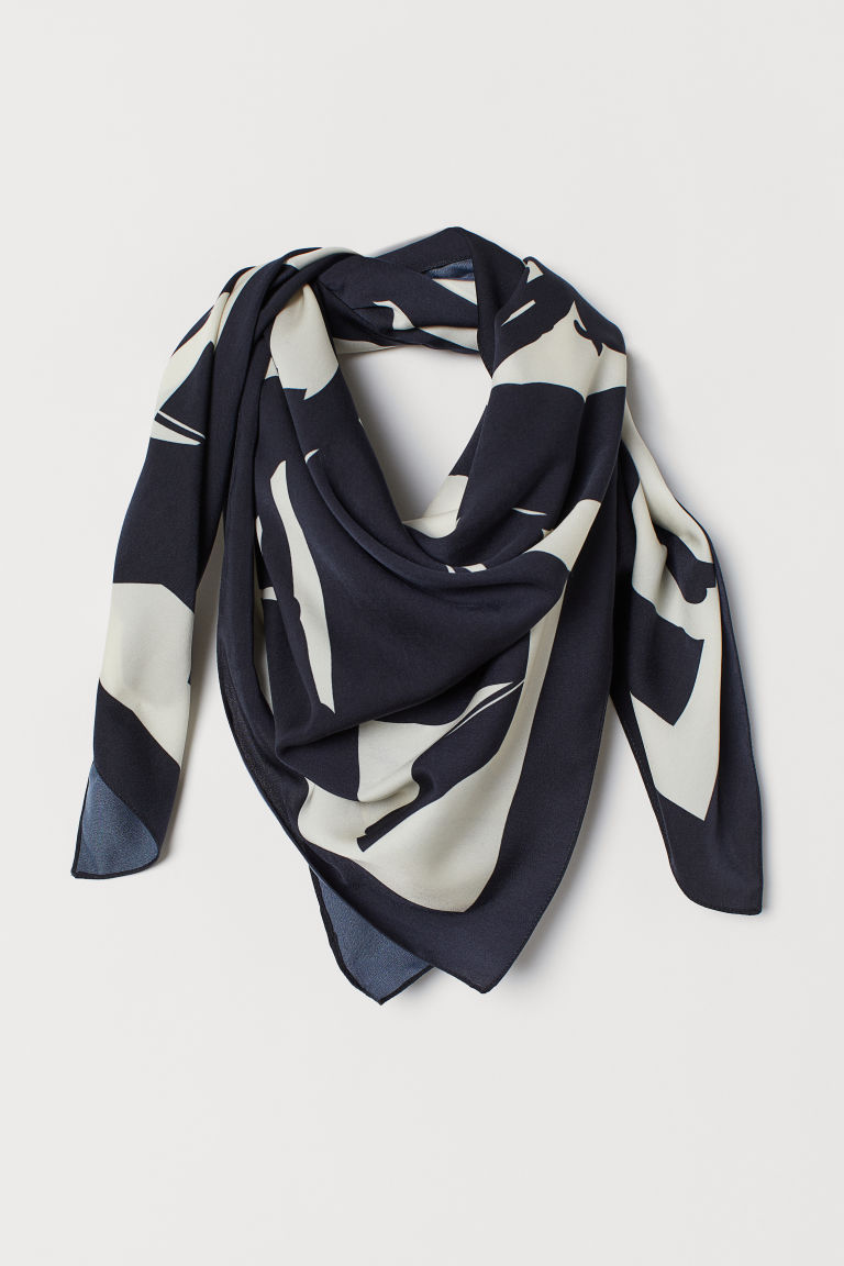 Patterned satin scarf - Black/Natural white - Ladies | H&M