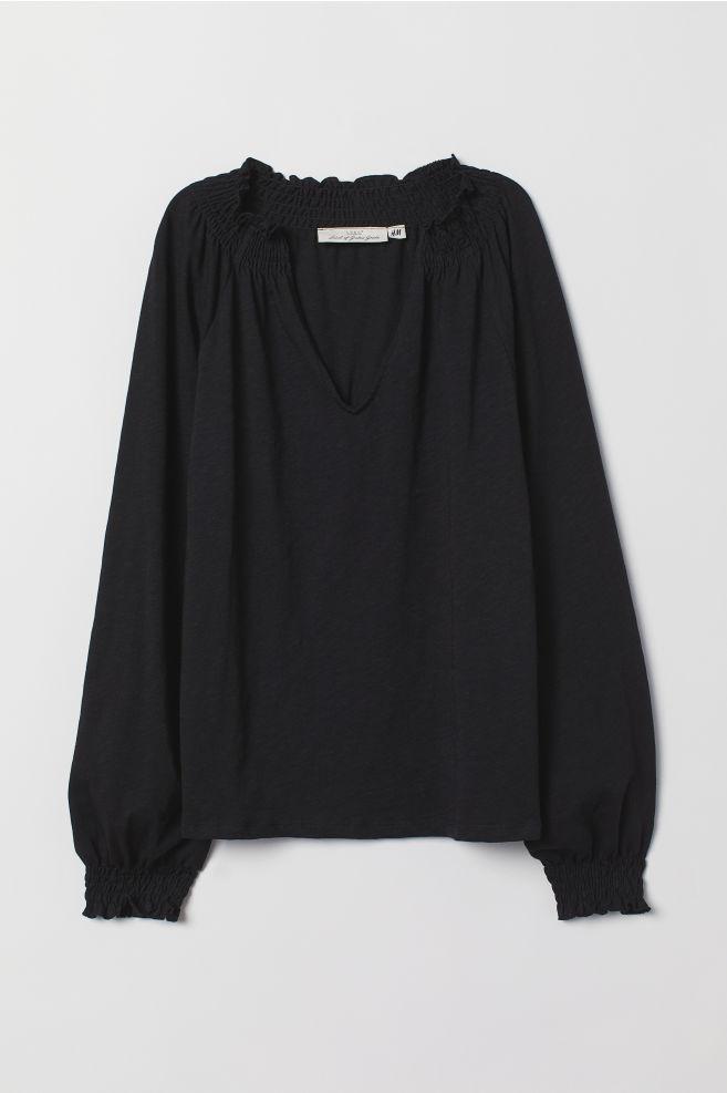 dbd8099ff2c1ee Blouse with smocking - Black - Ladies | H&M IE