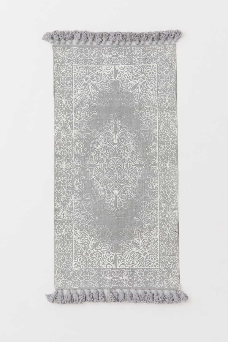Tasseled Cotton Rug - Light gray/white patterned - Home All | H&M CA