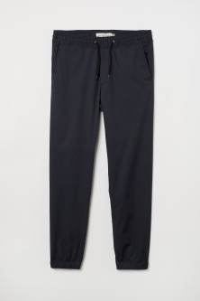 Brushed cotton twill joggersModel