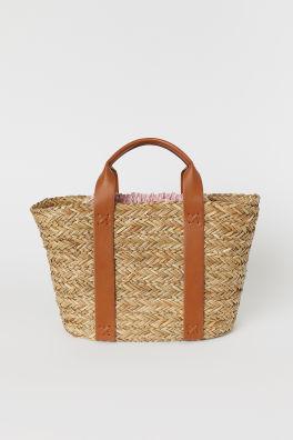 Női táskák – a legújabb divatirányzatok online  fb8c6967d0